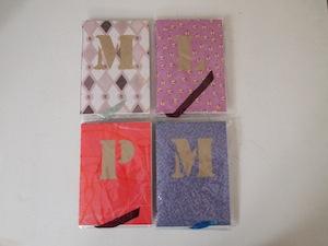 notitieboekje met letter zelf maken