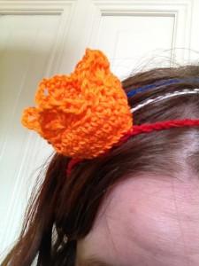 gehaakte haarband met kroon