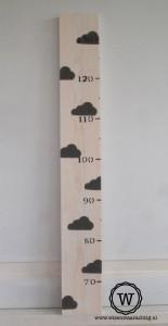 groeimeter-hout-wolkjes