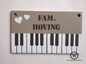naambord-piano-voordeur
